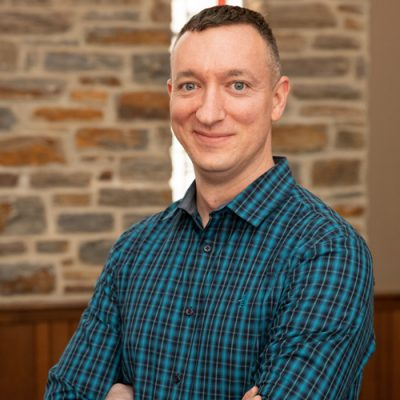 Headshot of Stephen Harouff, Director of Music at Towson Presbyterian Church.